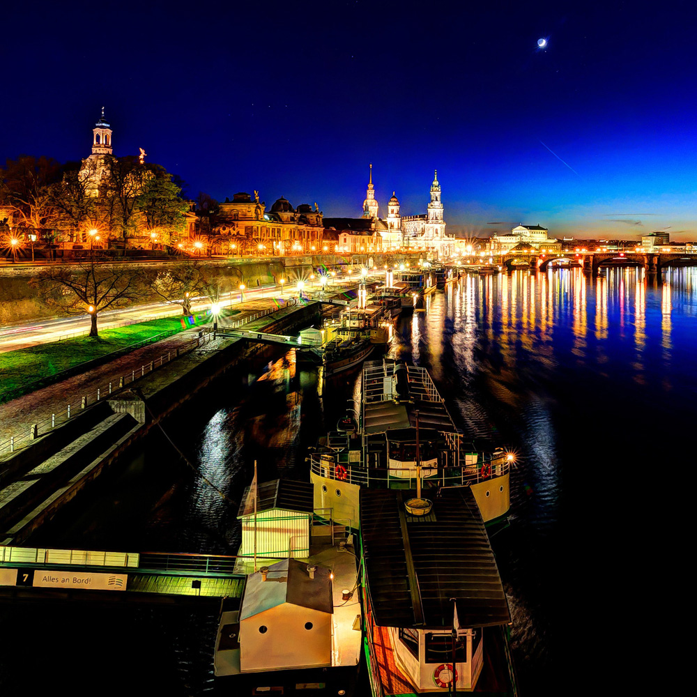 Dresden-night-is-taking-over