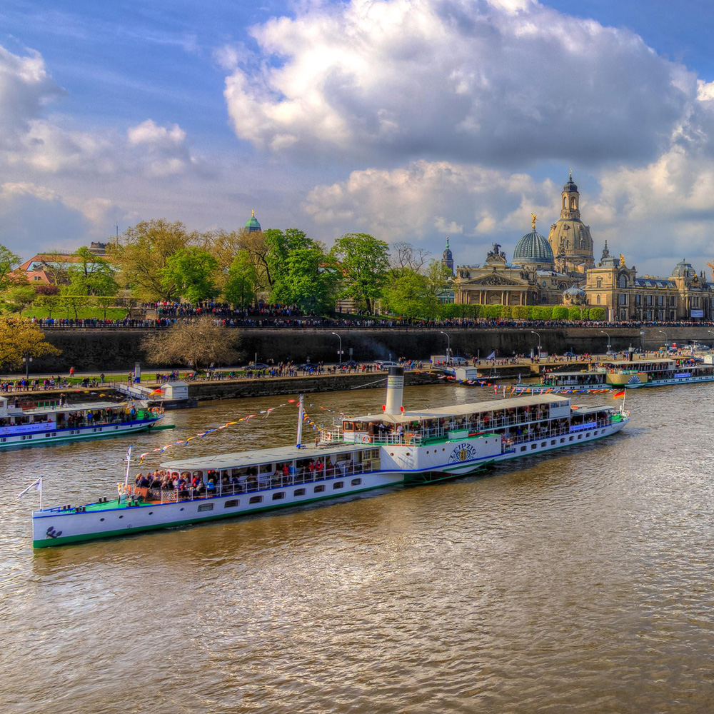 Dresden-Dampferparade-steamboat parade